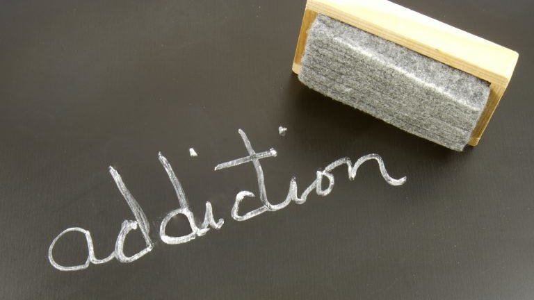 "Image of the blog article ""How to Communicate with Someone Suffering from Addiction"""