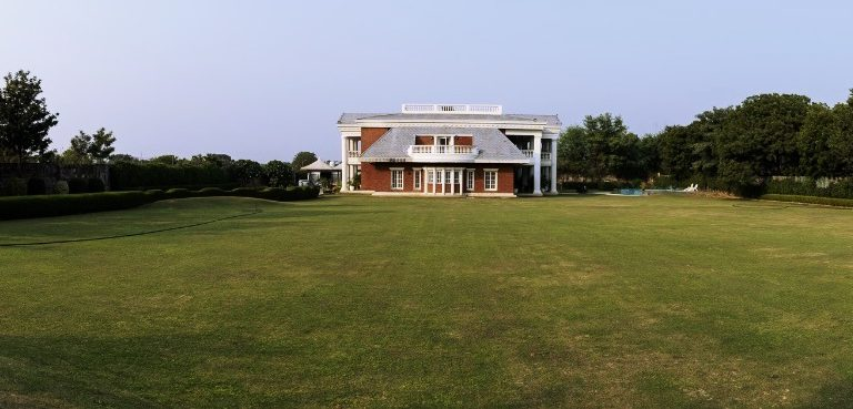 Outdoor view of the Safe House Wellness Retreat India