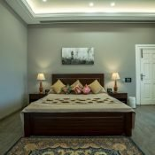 Single occupancy room - bedroom image at the Safe House Wellness Retreat India